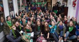 """Más de cincuenta organizaciones lanzan """"Juventudes Políticas por el Aborto Legal"""""""