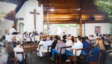 Gonnet: el arzobispo Fernández homenajeó a Lorenzo donde consumó varios abusos